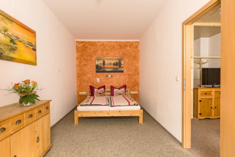 Zimmer 2-06